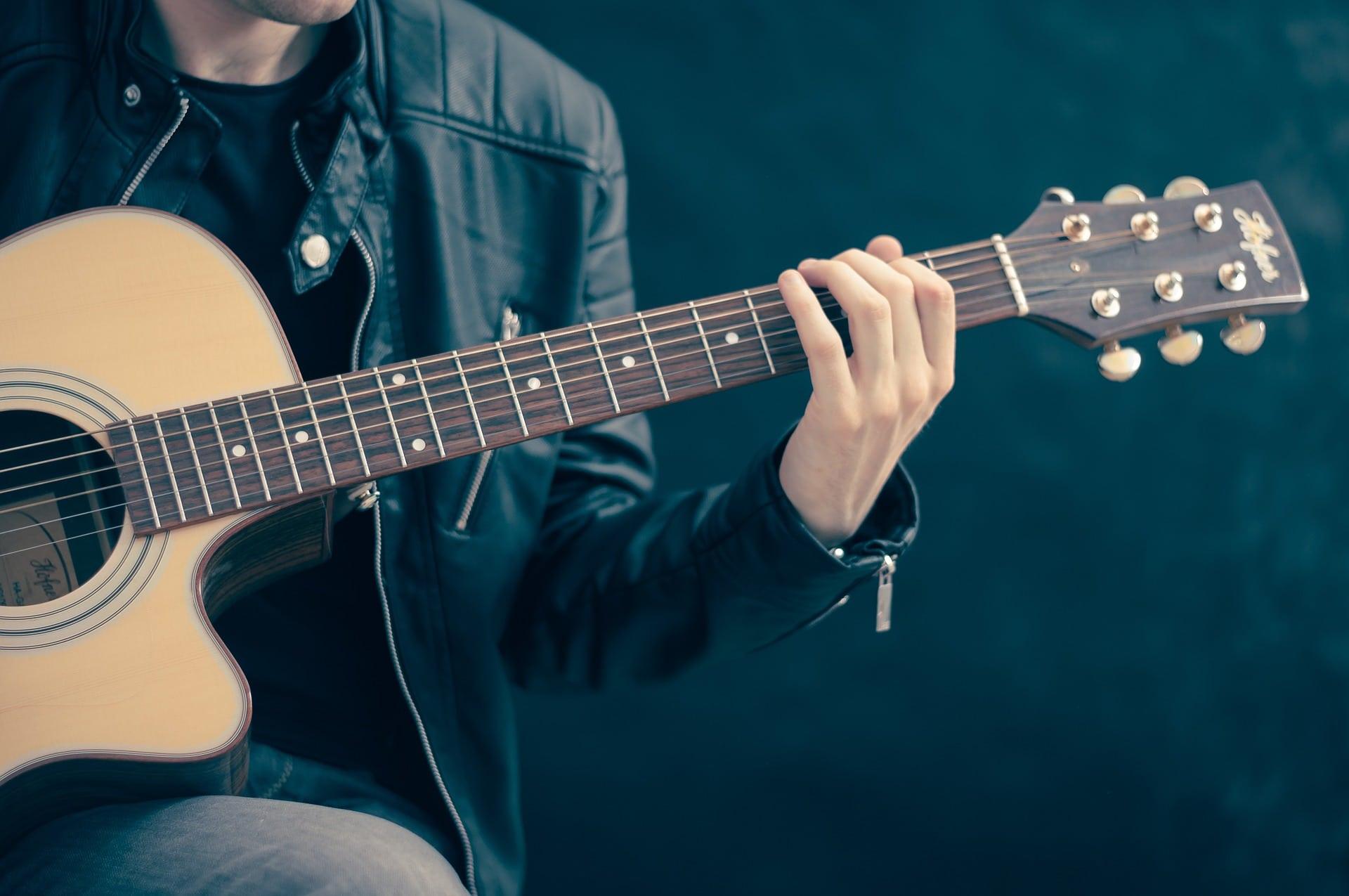 Musical Instruments - Guitar