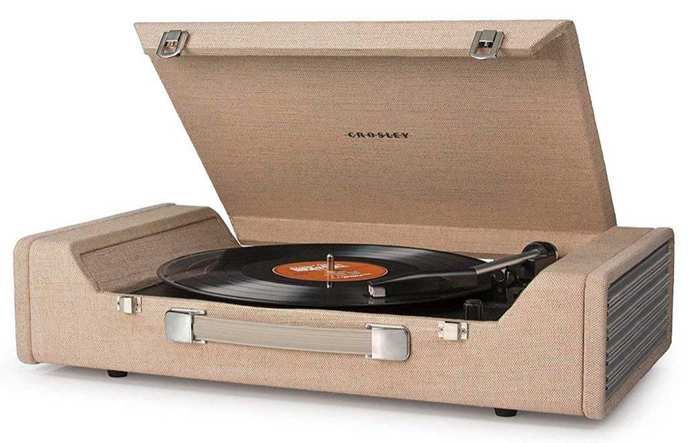 Crosley CR6232A-BR Nomad Portable USB Turntable with Software for Ripping & Editing Audio, Brown.