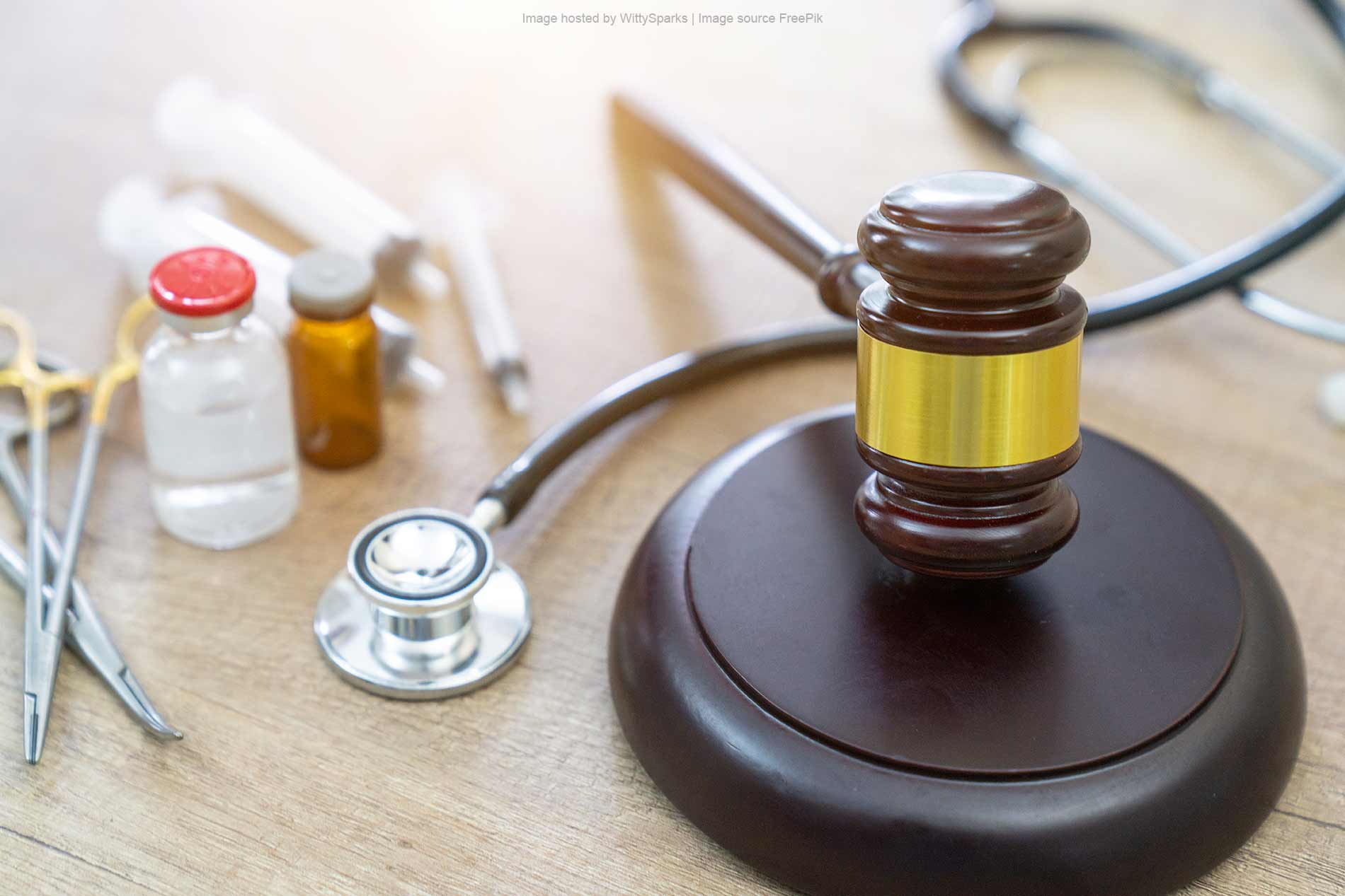 Medical Malpractice - Gavel and Stethoscope