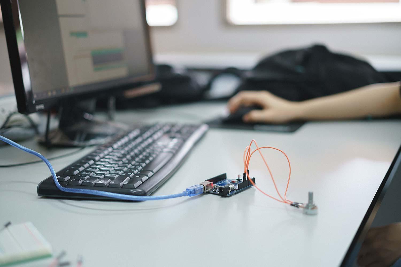 IoT development kit educational science experiment